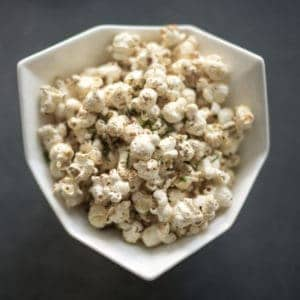 Every snack should be this good! This cheesy Italian Popcorn reminds me of eating a freshly baked pizza – so yummy you have to try it!