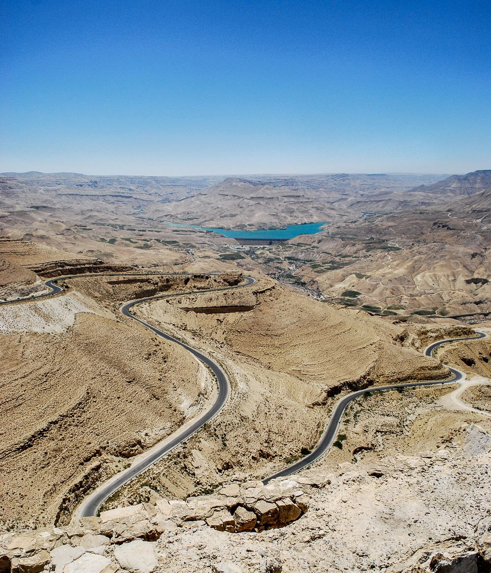 You are going to have to write these down! Jordan is an amazing country and these are just the top highlights you cannot miss! Jordan: places to visit! Kings Highway.