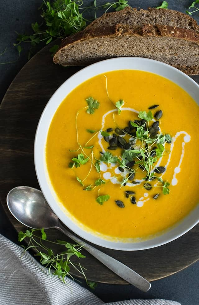 I love this soup! A quick and easy weeknight dinner for cold winter evenings. A filling and delicious Carrot and Ginger soup with the addition of split lentils!