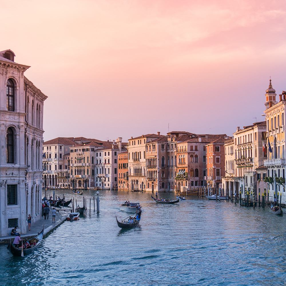 Romantic Places In The World To Visit: 12 Of The World's Most Romantic Destinations That Every