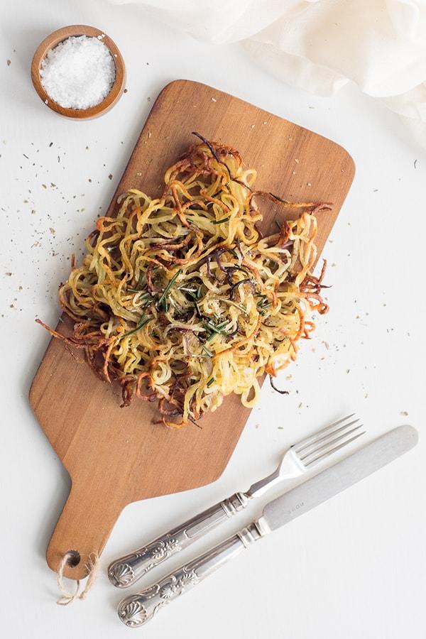 easy spiralized recipes: spiralized potatoes