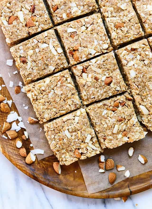 Almond Coconut Granola Bars | 15 Healthy Vegan Snacks, made with whole plant-based ingredients, that are perfect to stay in shape! All these DIY snacks are portable, gluten-free and less than 150 calories! These energizing snacks will keep you on track while on a healthy balanced diet!