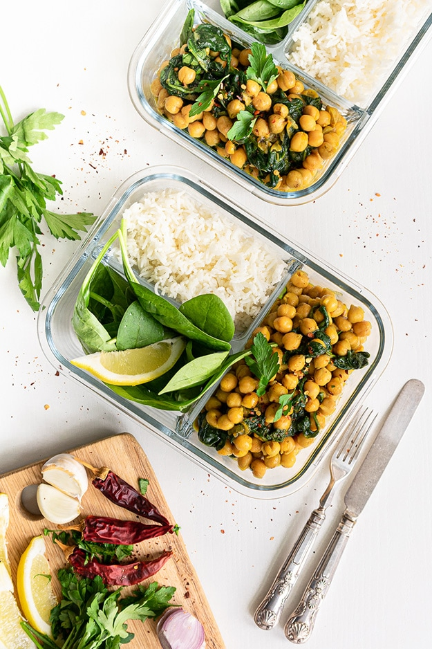 One of my favorite Meal prep ideas: Chickpea curry, ready in 10 minutes