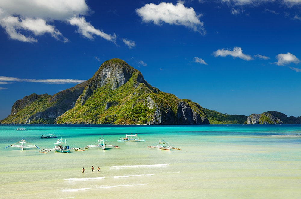 El Nido bay, Philippines: one of the cheapest destinations to visit