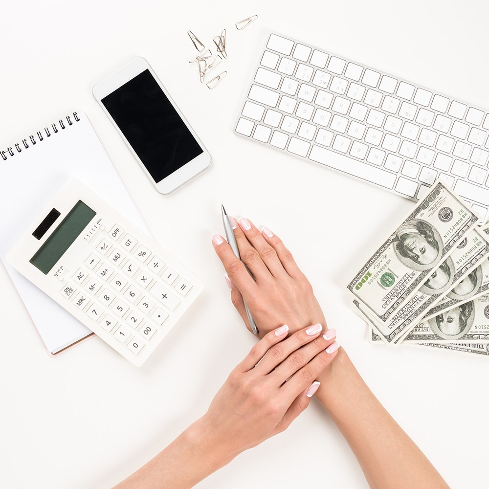 We can all learn a thing or two about money: and if you can avoid these 7 money mistakes, you could save an extra million dollars over your lifetime.