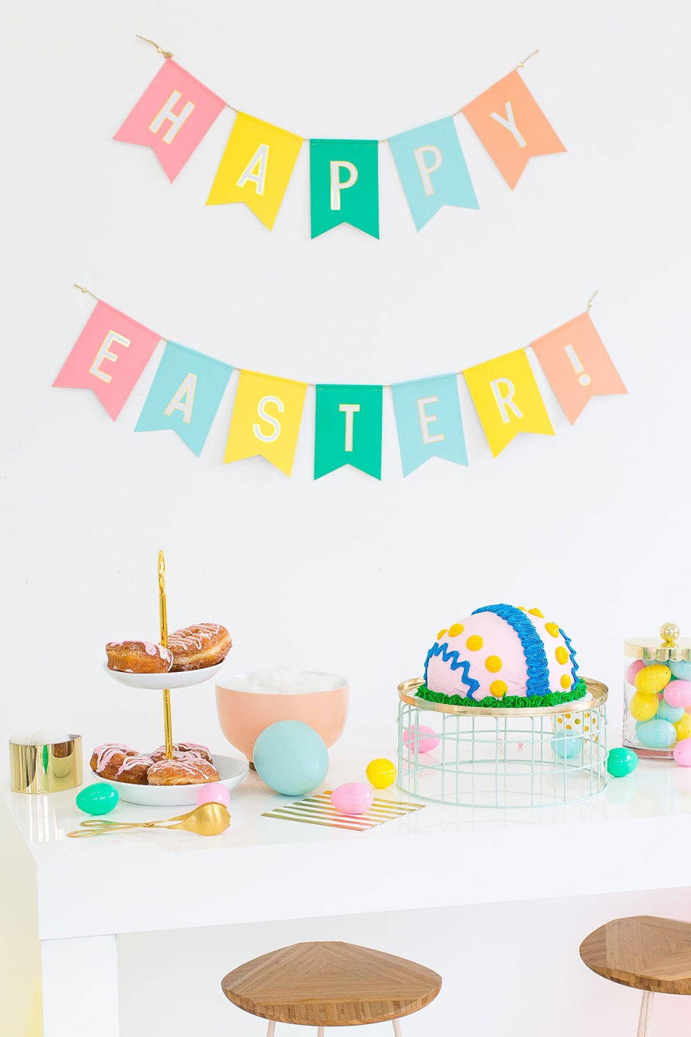 Table full of Easter eggs and sweets to illustrate the best vegan Easter recipes